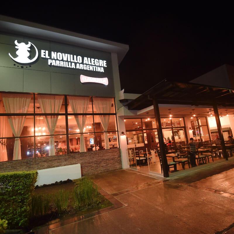 El Novillo Alegre Plaza Bratsi